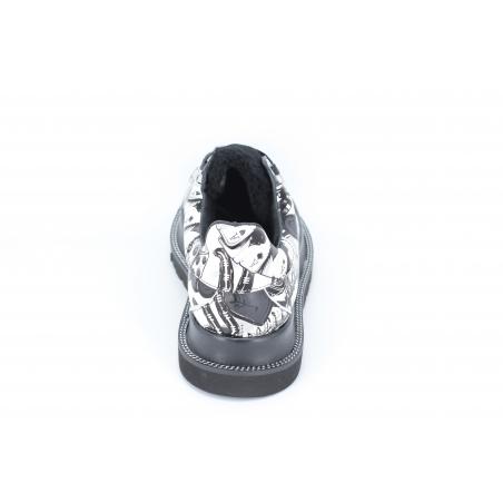 Pantofi graffiti alb negru